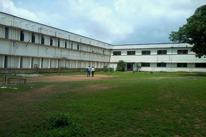 https://cache.careers360.mobi/media/colleges/social-media/media-gallery/8464/2019/2/19/Campus view of Government Autonomous College Bhawanipatna_Campus-view.jpg